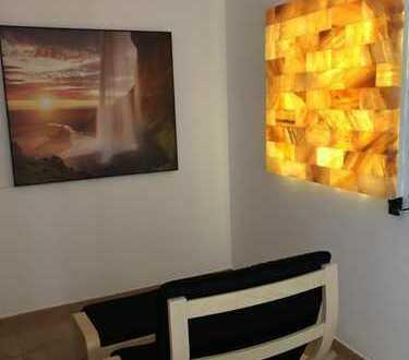 2 Zimmer Wellness Appartement (Auszeitraum) extravagant, möbliert (Nähe Daimler, Einzelperson)