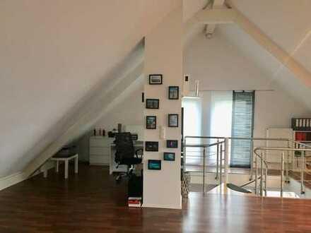 890 €, 140 m², 3 Zimmer, Luxusausstattung inkl. Küche