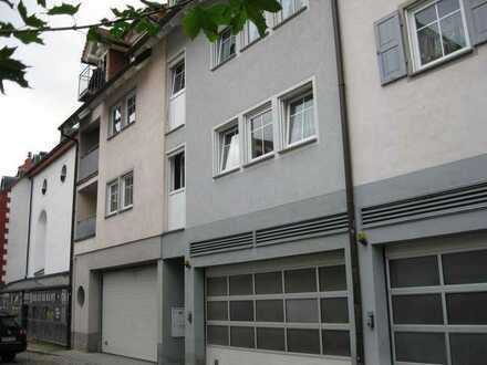 super Zentrumswohnung mit Terrasse, EBK u. Garage