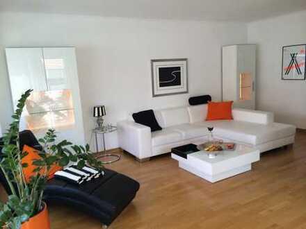 Geschmackvolle Wohnung mit drei Zimmern sowie Balkon und EBK in Münster