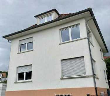 Gepflegtes 6-Zimmer-Einfamilienhaus mit großem Garten in zentraler Lage in Göppingen