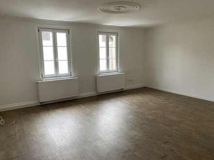 Neu renoviert: Helle 2,5 Zimmer-Wohnung in Mössingen-Talheim