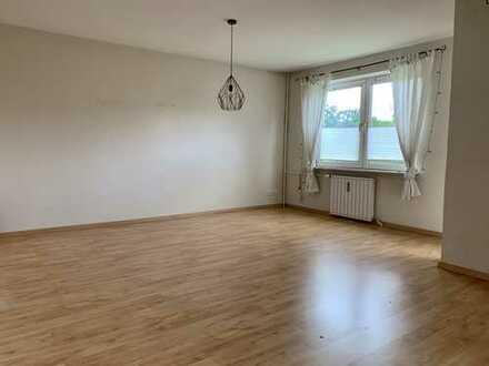Modernisierte 3-Zimmer-Wohnung mit Balkon und Einbauküche in Wolfsburg, Rabenberg