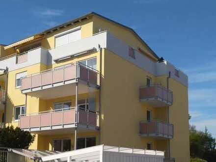 Helle gepflegte 3-Zimmer-Wohnung mit 2 Balkonen und Aufzug in Lappersdorf, 1.Stock
