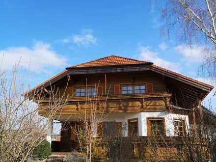 Gepflegte 4-Raum-Dachgeschosswohnung mit Balkon auch Mehrgenerationsnutzung möglich