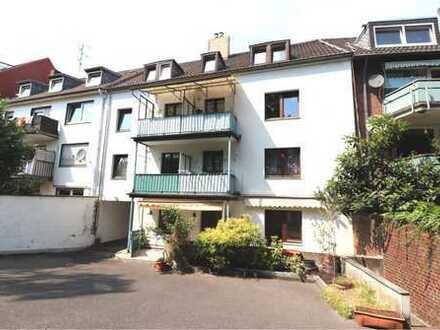 Schöne 3-Zimmer-EG-Wohnung mit Terrasse und EBK in Mönchengladbach
