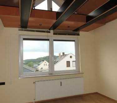 +++ saniertes Zweifamilienhaus in Kirchberg mit traumhaftem Ausblick zu verkaufen +++
