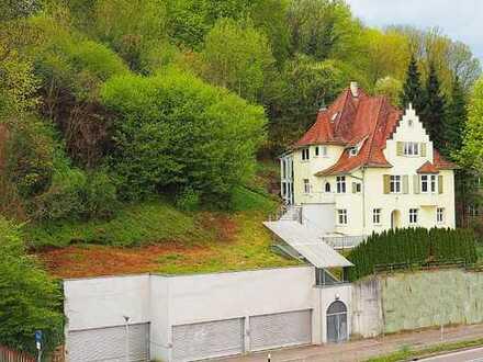 Kapitalanlage: Denkmalgeschützte Villa in Esslingen