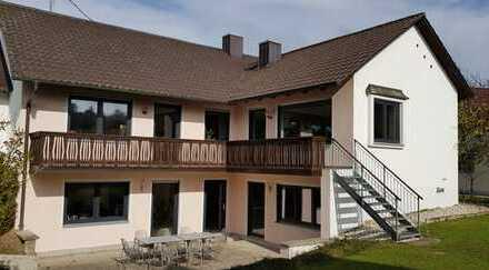 Schönes Wohn- und/oder Geschäftshaus (Mehrgenerationenhaus) mit sieben Zimmern in Kranzberg
