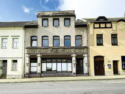 Wohn- und Geschäftshaus am neugestaltetem Solbrigplatz