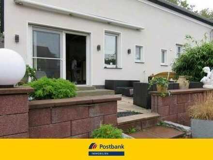 Doppelhaushälfte mit großem Garten - ideal für den geschickten Handwerker!