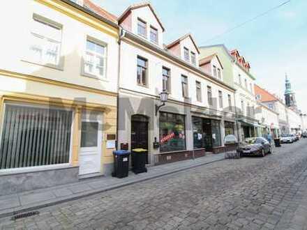 Gepflegtes WGH mit 1 GE und 2 WE inkl. Ausbaureserve nahe dem Marktplatz in Großenhain