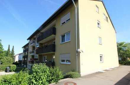 Gepflegte 4-Zimmer-Wohnung mit Küche und Garage
