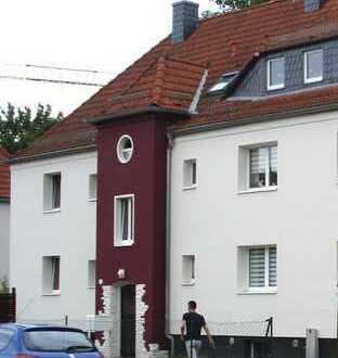 Wohnen im Dachgeschoss! 3-R-Wohnung mit Dachterrasse und 2 Bädern in herrlicher Lage