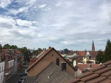 Schönes, geräumiges Haus mit drei Zimmern in Kaiserslautern, Innenstadt