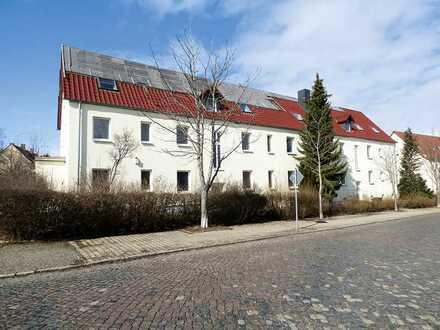 Sanierungsobjekt (Wohnblock mit 2 Eingängen) bei Leipzig