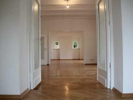 Lichtdurchflutete, frisch renovierte 3-Zimmer-Wohnung am Annaberg ab sofort zu vermieten