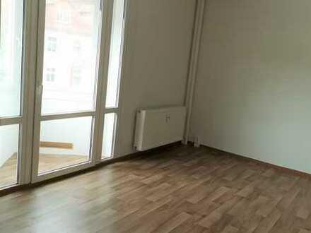 Großzügige 2 Zimmer Wohnung