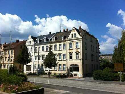 3-Raum Wohnung mit Einbauküche, Kfz-Stellplatz und Gartennutzung