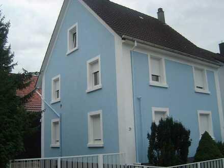 Schönes Haus mit neun Zimmern in Karlsruhe (Kreis), Walzbachtal
