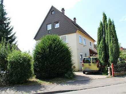 2-Parteienhaus in Böblingen mit großem Grundstück zu verkaufen!