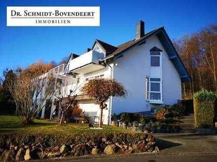 Gepflegte, großzügige Doppelhaushälfte in ruhiger Ortsrandlage Nähe Bad Marienberg!