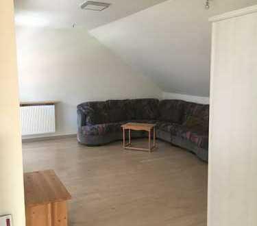 Schöne, geräumige Ein-Zimmer Wohnung in Hatten, Kreis Oldenburg in Oldenburg