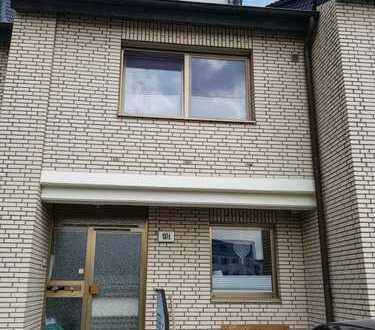 Zweifamilienhaus, Mehrgenerationenhaus in Brühl Badorf - von Privat