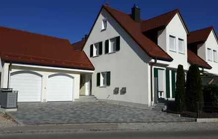 Schöne, geräumige Doppelhaushälfte in Einsbach