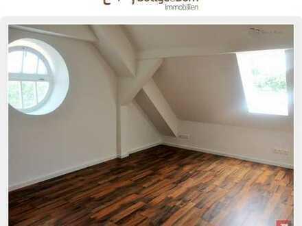 Top sanierte, traumhafte Maisonettewohnung mit Loggia und tollem Blick über Neudonnerschwee
