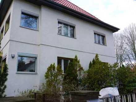 Exklusive, gepflegte 3,5-Zimmer-Wohnung mit EBK in Hermsdorf (Reinickendorf), Berlin