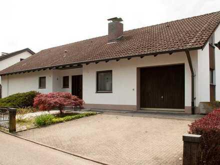 Gepflegtes Einfamilienhaus mit großem Garten in Rümmingen