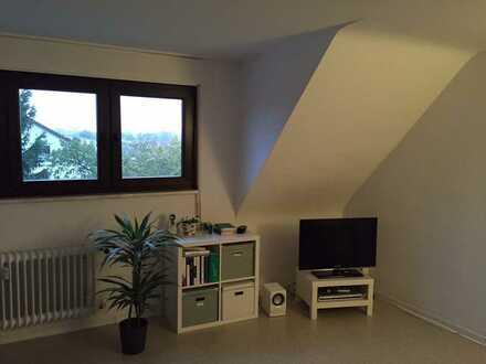 2-Zimmer-Dachgeschosswohnung in Karlsruhe-Knielingen