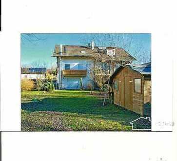Schönes Haus mit großem Garten, ruhige Lage mit 6 Zimmern in Isen