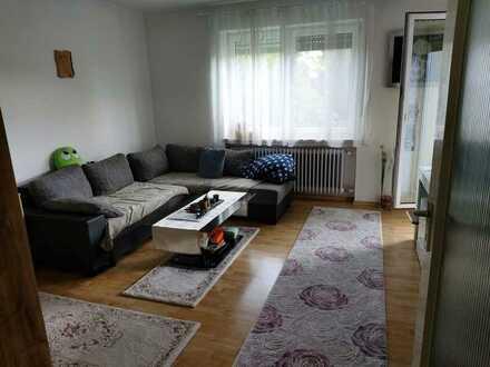 Exklusive, geräumige und gepflegte 1-Zimmer-Wohnung mit EBK in Ingolstadt
