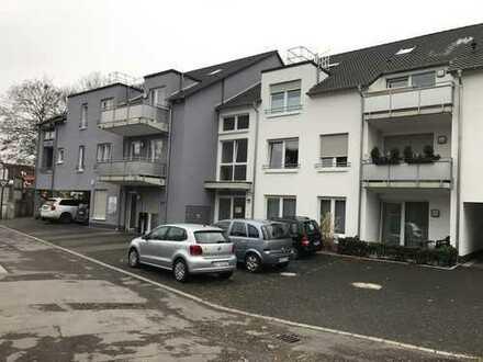 Senioren 2-Zimmer Wohnung mit Große Balkon