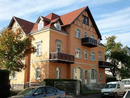 Platz für die ganze Familie! 2 Bäder, 2 Terrassen, Wohnzimmer mit 40 m²!