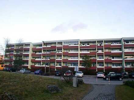 Schöne 2-Zimmer-Eigentumswohnung mit West-Loggia