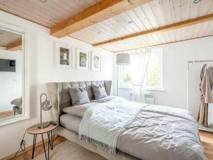 Wohnung / kleines freistehendes Haus mit zwei Zimmern und EBK in Moselweiß, Koblenz
