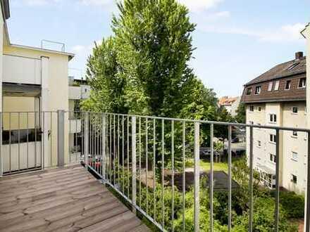 3 Zimmer mit großem Balkon in ruhiger Lage in kernsaniertem Altbau