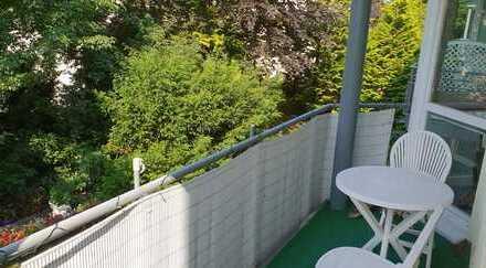 Sonnige 2-Zimmer Wohnung mit Balkon, Personenaufzug und Tiefgaragenparkplatz