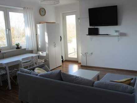 Gepflegte möblierte 3-Raum-Wohnung mit Balkon und Einbauküche in Wilhelmshaven