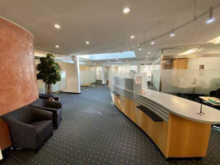 Zentral gelegene, moderne Büro-/ Praxis-/ oder Einzelhandelsfläche