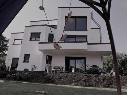 freistehendes Haus in Lützenkirchen, Leverkusen