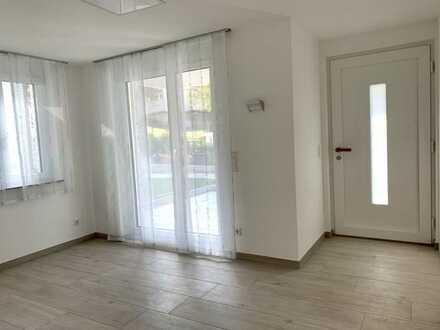 Erstbezug mit EBK und Terrasse : ansprechende 2-Zimmer-Wohnung in Remshalden