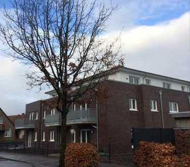 Neuwertige 2,5-Zimmer-Penthouse-Wohnung mit Balkon und EBK in Ganderkesee