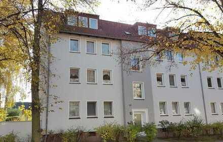 Frisch Renovierte 3-Zimmer-Wohnung mit Balkon im Herzen von Mittelfeld
