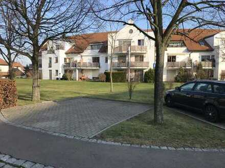 tolle kleine Single-Wohnung in Dresden-Gompitz mit EBK & Balkon