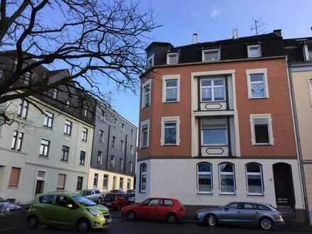 Schöne, helle Altbauwohnung (4 ZKB) mit 2 Schlafzimmer und Südbalkon in W-tal Langerfeld