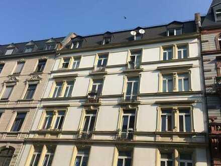 WG willkommen* Erstbezug*3 ZKB*Hinterhaus*hohe Decken * Stil-Altbau*opt EBK*Toplage Bahnhofsviertel